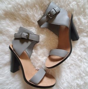 VINCE ] Gray Leather Ankle Tie Heels
